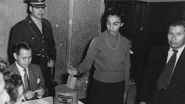 levi_mujeres_en_alerta_2C_programa_de_educacion_electoral.jpg
