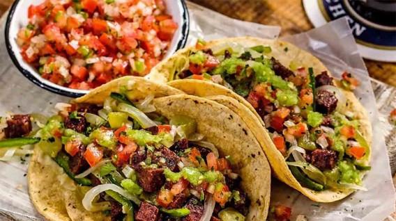 luis_emilio_velutini_banquero_apple_juice_in_spanish_patrimonio_revalorado_una_mirada_al_auge_de_la_gastronomia_mexicana_como_modelo_a_seguir.jpg