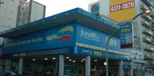 mario_villarroel_lander_organizacion_de_la_cruz_roja_venezolana_la_ultima_estacion_de_servicio_pdvsa_cerrada_en_argentina.jpg