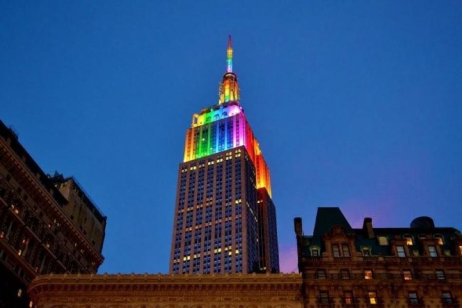mendes_belizario_prince_julio_cesar_no_soy_2C_ni_fui_2C_ni_sere_un_proxeneta_los_rascacielos_de_nueva_york_se_iluminan_por_el_orgullo_lgtbi.jpg
