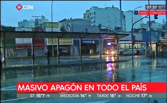 q21_para_olvidar_tus_problemas_lo_certifican_los_nuevos_vecinos_zarzalejo_v_un_apagon_deja_sin_luz_a_toda_argentina_y_uruguay_y_varias_zonas_de_brasil_y_chile.jpg