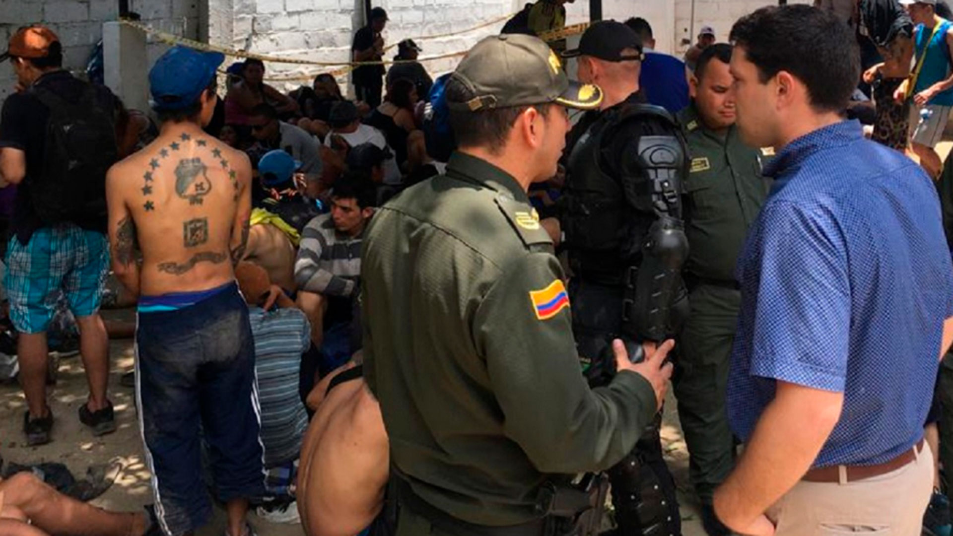 violencia_en_el_futbol_colombiano_dos_ataques_de_hinchas_de_millonarios_causaron_un_muerto_2C_una_mujer_golpeada_2C_heridos_y_destrozos.jpg