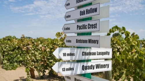 Madera Wine Trail Sign