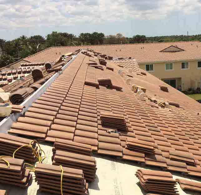 HOA Roofing Contractors
