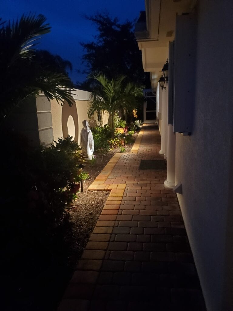 Landscape Lighting-Wellington-Illumination FL