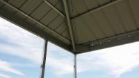 Hip roof corner