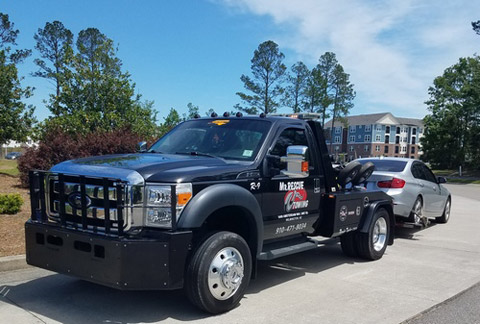 Mr. Rescue Towing will monitor your parking lot in Leland NC and Wilmington NC