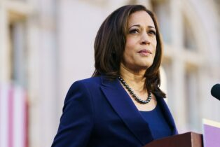 Kamala Harris Caught Lying at Campaign Event