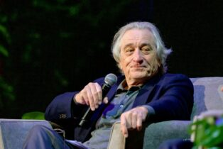 Robert De Niro's Restaurant Chain Nobu Took Up To $28 Million In Taxpayer Loans