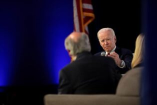 Biden's National Security Adviser Pick Played Key Role in Clinton Email Scandal