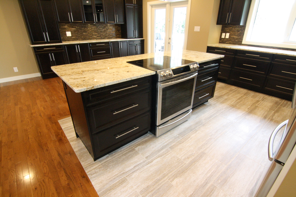 Krawchuk Construction Inc - Saskatoon Kitchen Renovations - www.krawchukconstruction.com