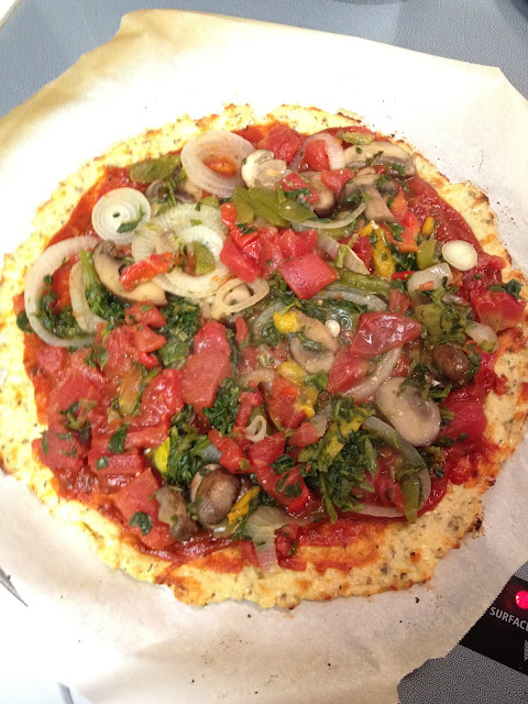 Healthy Pizza! Cauliflower Crust