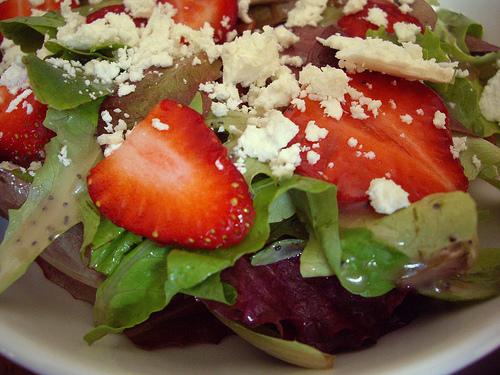 Healthy Recipes – Strawberry Balsamic Vinaigrette