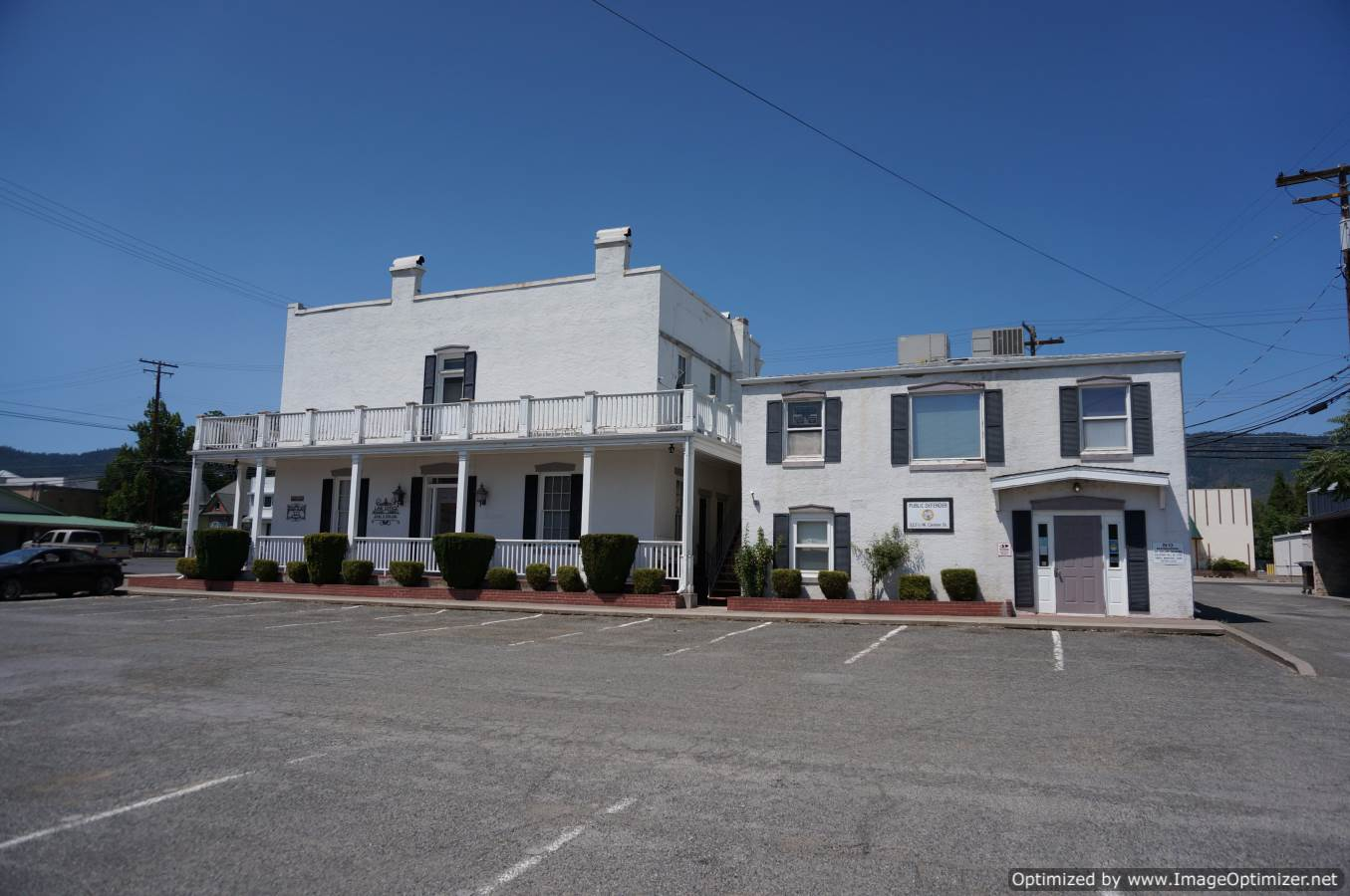 Yreka CA office residential