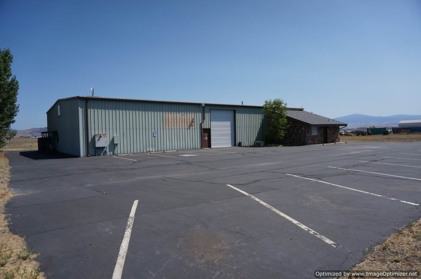 Yreka CA Industrial Commercial building