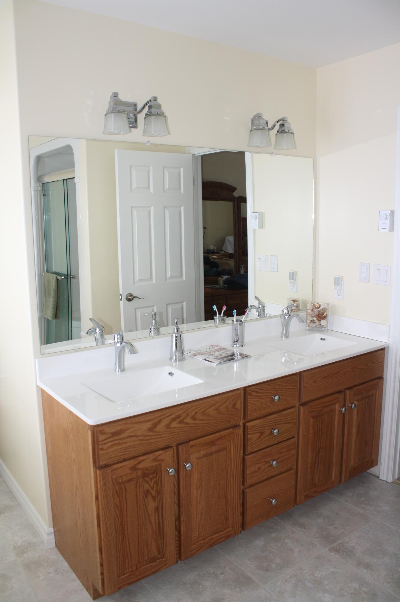Oak Bathroom Vanity 04