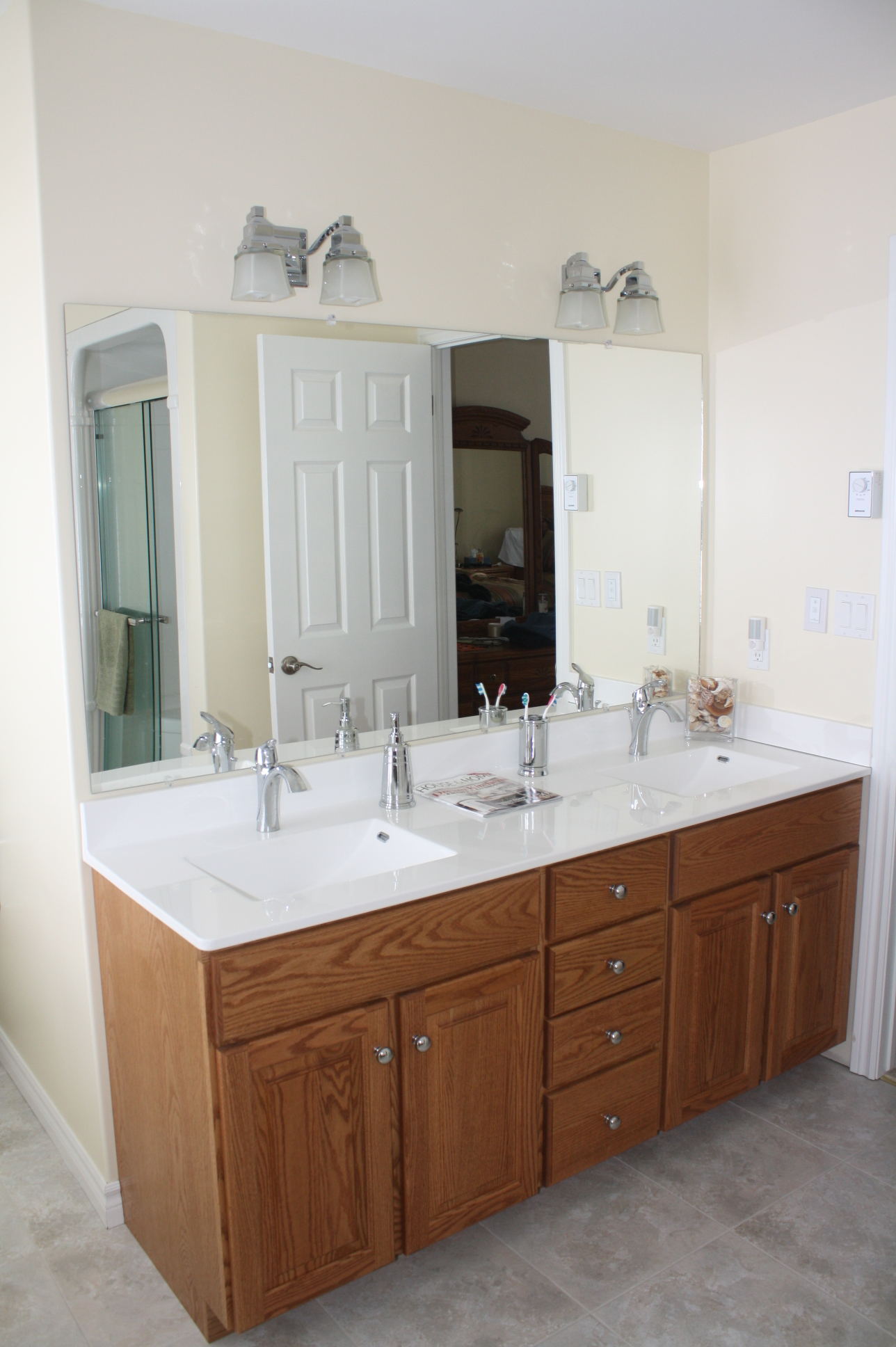Oak Bathroom Vanity 04