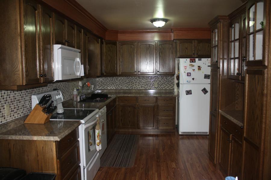 Oak Kitchen Cupboards 1