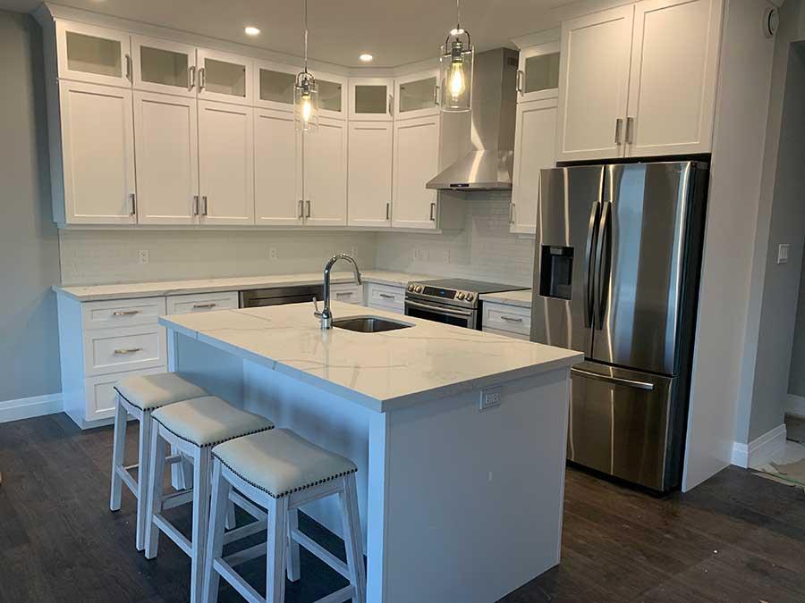 Painted/Glazed custom kitchen PG31