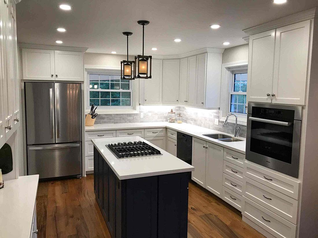 Painted/Glazed custom kitchen PG32