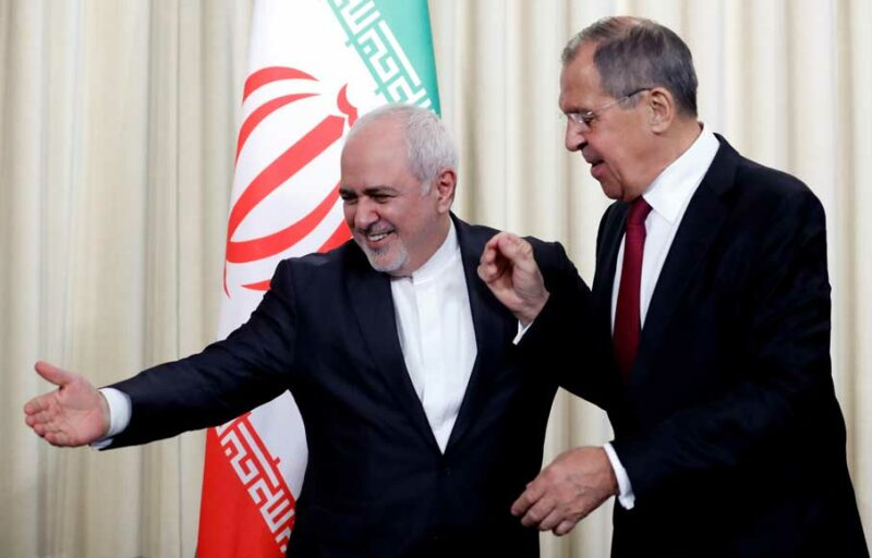 Iranian Foreign Minister Mohammad Javad Zarif (L) and Russian Foreign Minister Sergei Lavrov