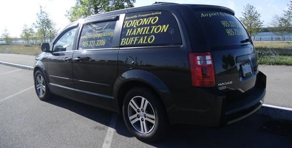 Taxi Niagara 3 -wide