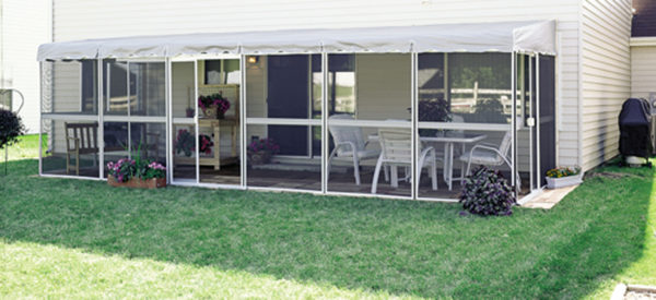 Retractable Awnings in Northern Ontario