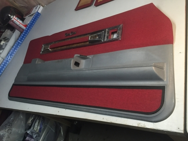 Vehicle Interior Recovering and Custom Upholstery Ontario