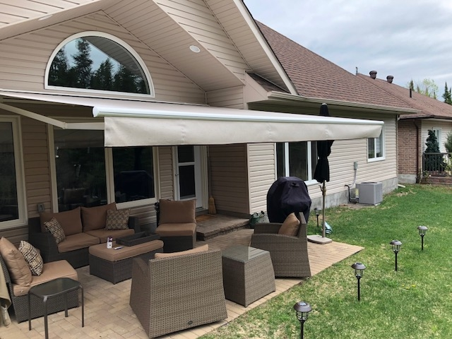 Retractable Awnings Residential Awnings North Bay Ontario