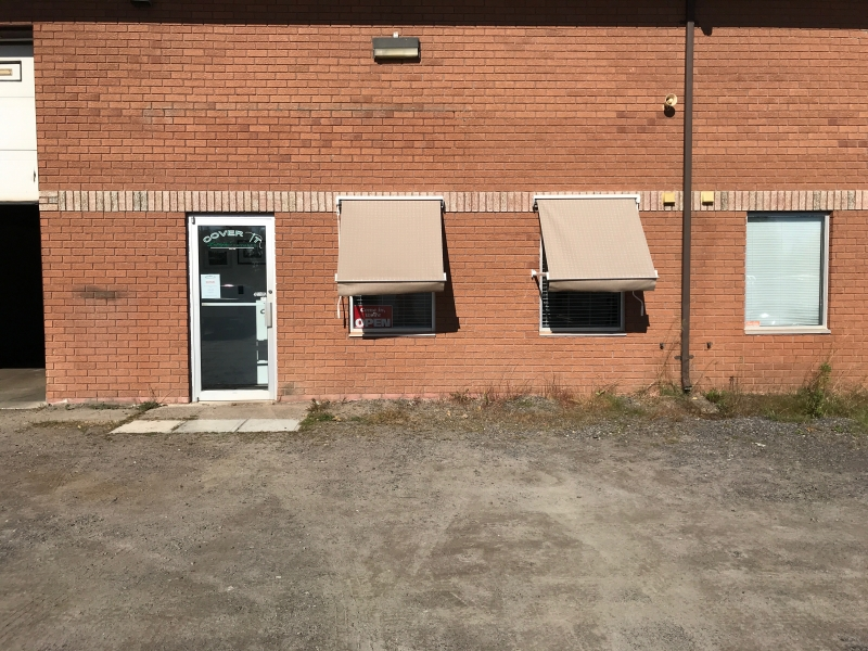 Retractable Awnings Commercial Awnings Ontario