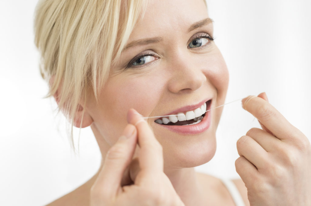 You Need to Know These Flossing Tips Featured Image - Park City Dental