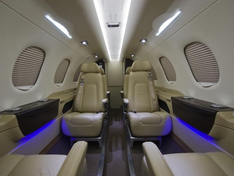 Phenom 300 Interior