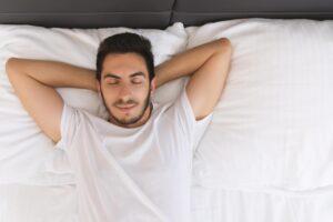 Cómo dormir después de la extracción de las muelas del juicio