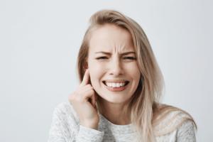 Dolor de oído después de extracción de muelas del juicio