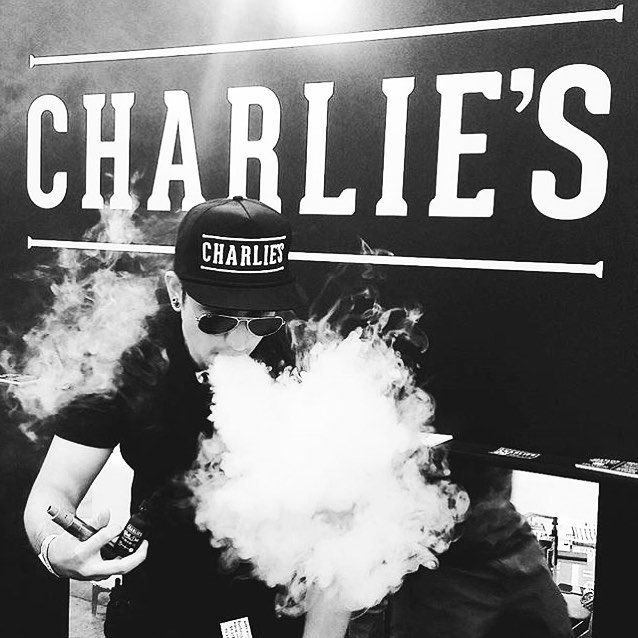 charlies chalk dust vape show