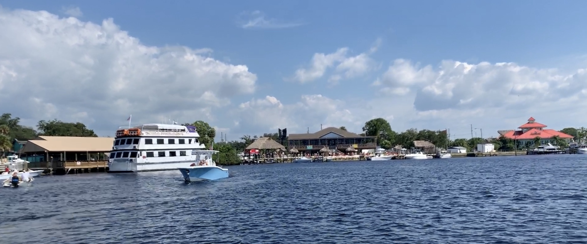 Restaurants of the Cotee River
