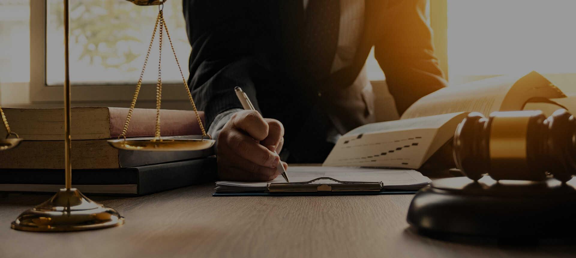 immigration law firm new york - Berd & Klauss, PLLC