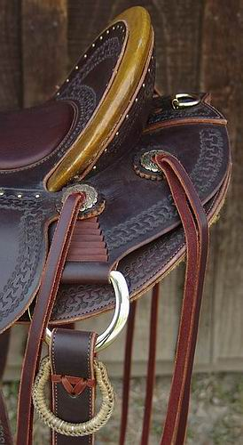 DOA Saddle