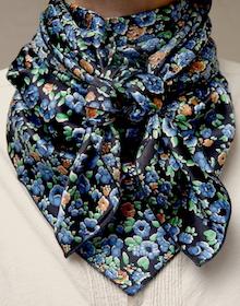 Cowboy Images Berry Flowers Blue