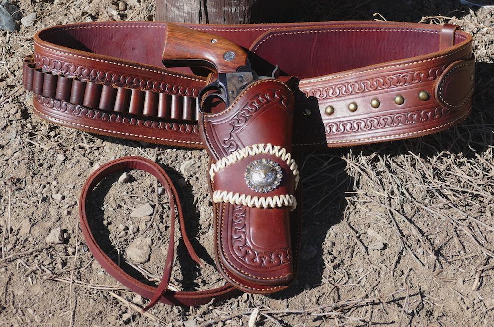 Revolver, Holster & Gun Belt