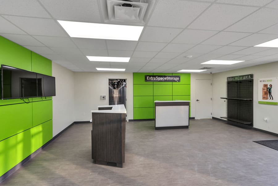 Entry/lobby area of Extra Space Storage