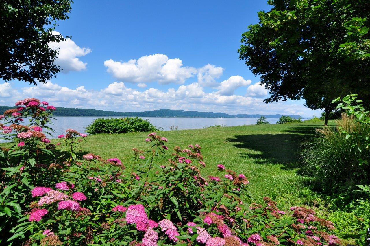 Hudson River Dobbs