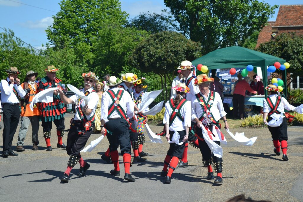 Map of The United Kingdom & Travel Guide, Morris Dancing