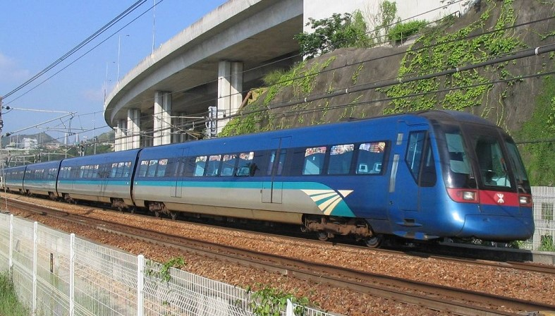 Hong Kong airport express train cheap mtr transit card travel tour review