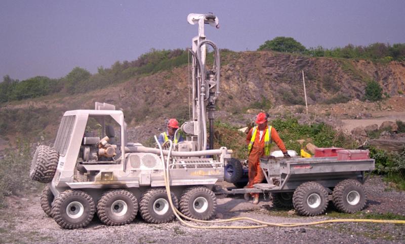 Custom drilling rig =