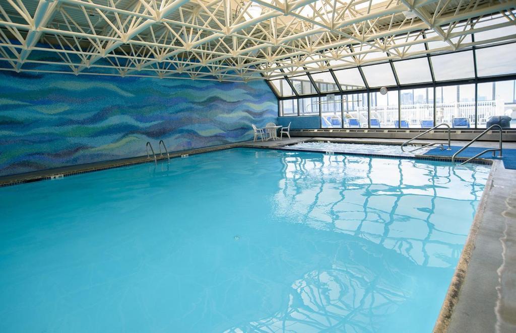 FLAGSHIP RESORT Atlantic City, NJ indoor pool