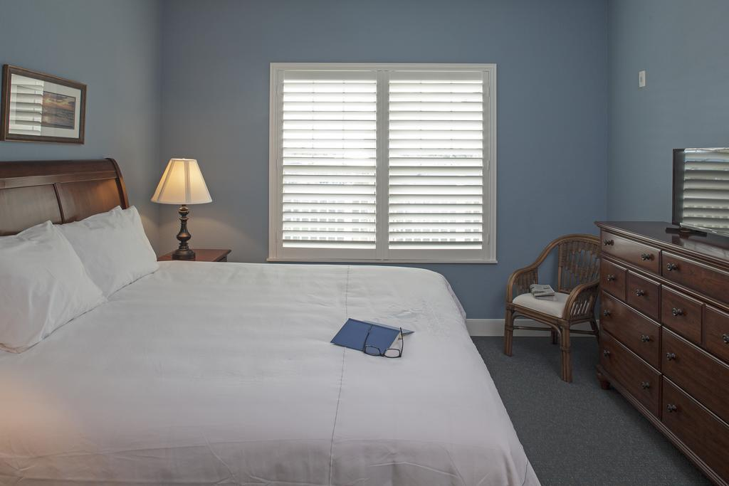 Bluewater by Spinnaker Resorts Bedroom