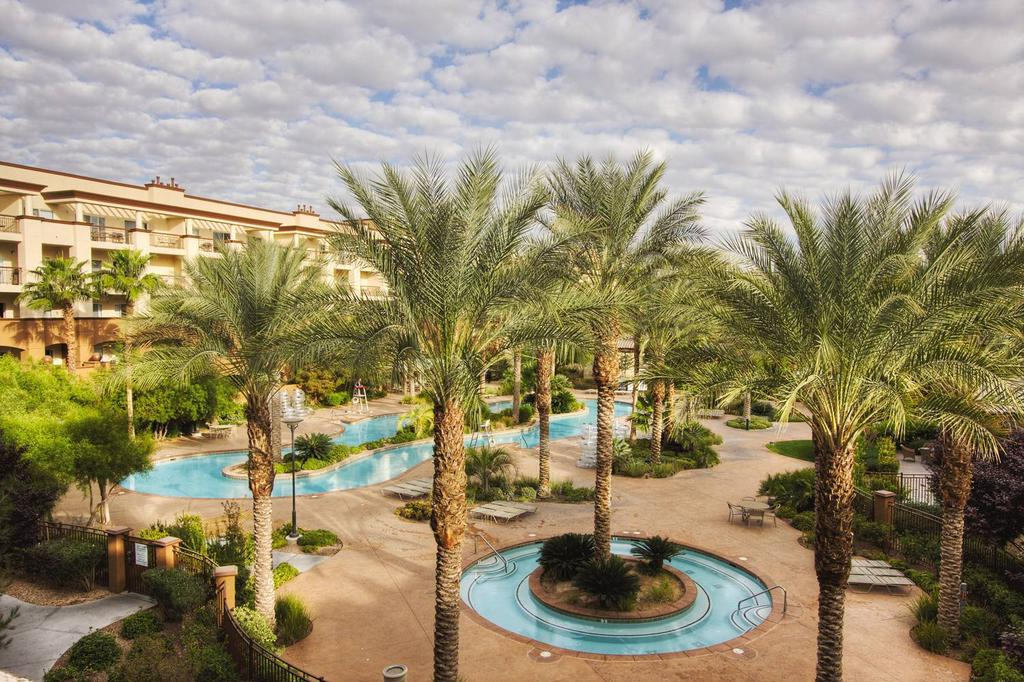 WorldMark Las Vegas Boulevard pool2
