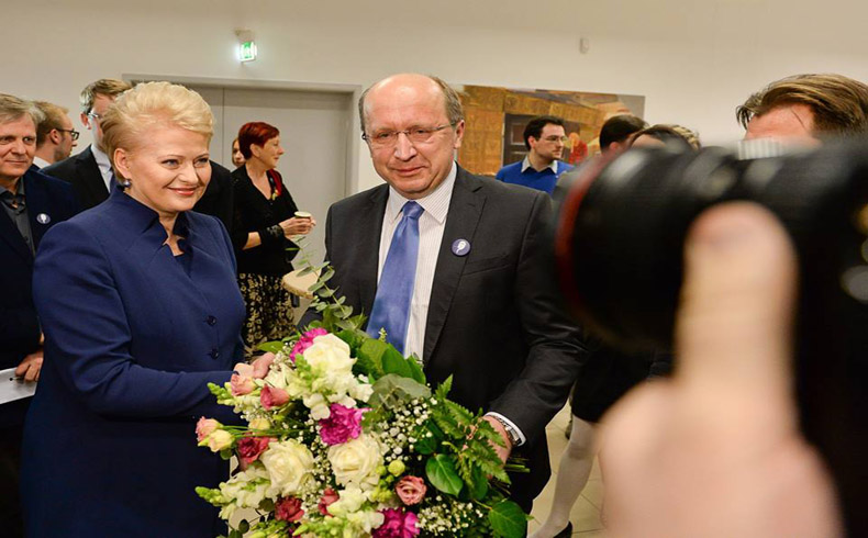 Photo of Dalia Grybauskaite managed to stay in the Lithuanian executive office for the second time