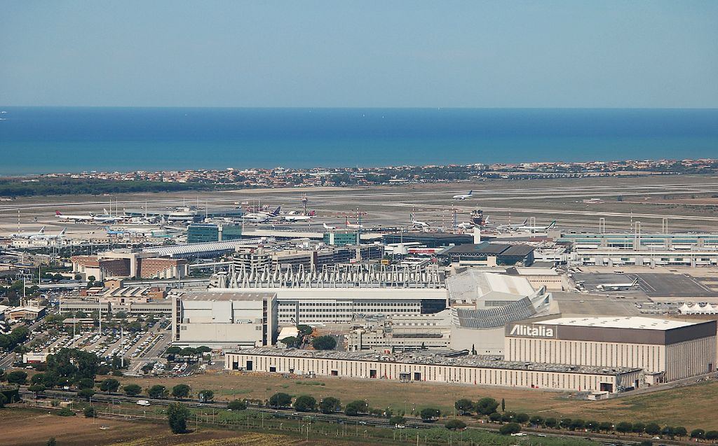 Photo of Plane diverts to Rome after Ebola scare